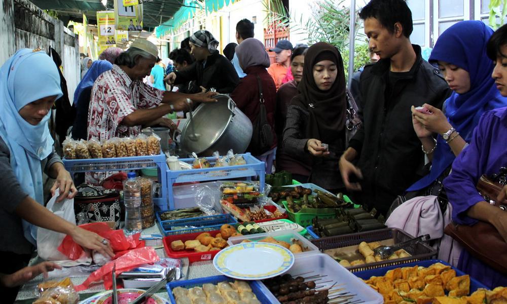 7 Fenomena yang Hanya Terjadi Saat Bulan Ramadhan