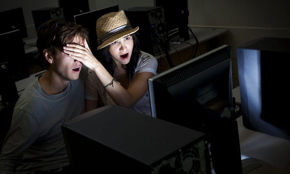 Wah Keseringan Nonton Film Porno Bisa Merusak Otak. Ati-Ati Lhoo !!!