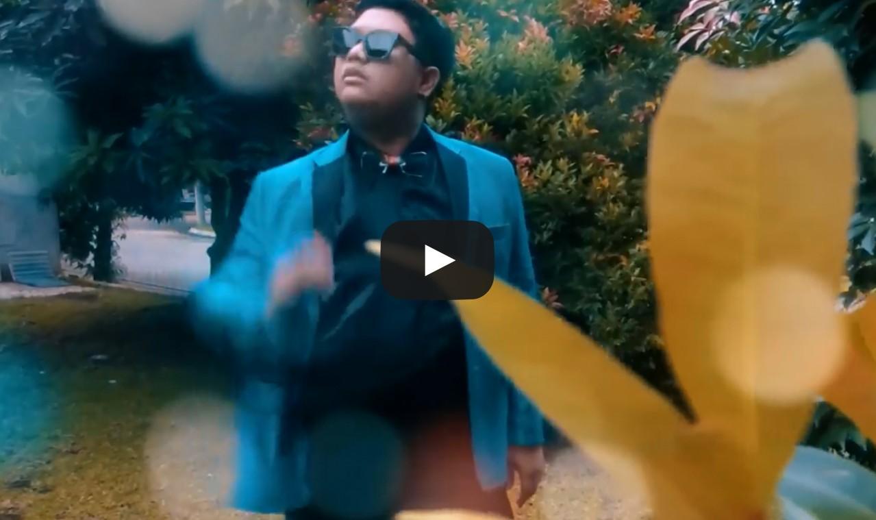 (VIDEO) Inilah Kreatifitas Orang Indonesia Bikin Lagu Despacito versi Bahasa Daerah