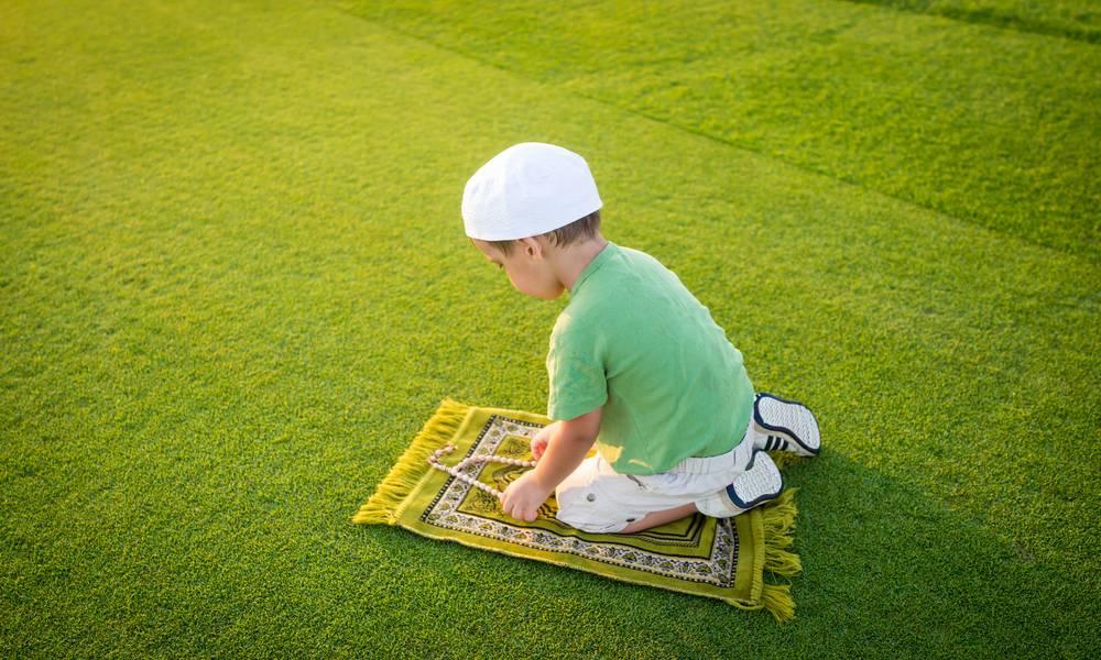 Pentingnya Ilmu Agama dan Peranan Orang Tua dalam Mengatasi Pergaulan Bebas Remaja