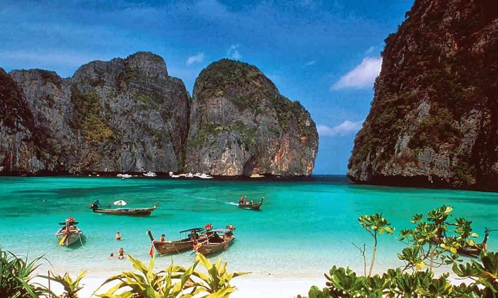 5 Tempat Wisata ini Wajib Kamu Kunjungi Kalau Sedang Berada di Papua