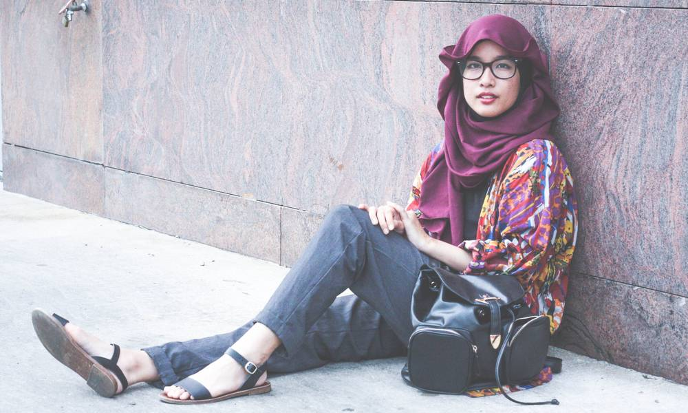 Wanita Berhijab pun Kini Bisa Bergaya Dengan Fashion ala Korea, Mau Coba?
