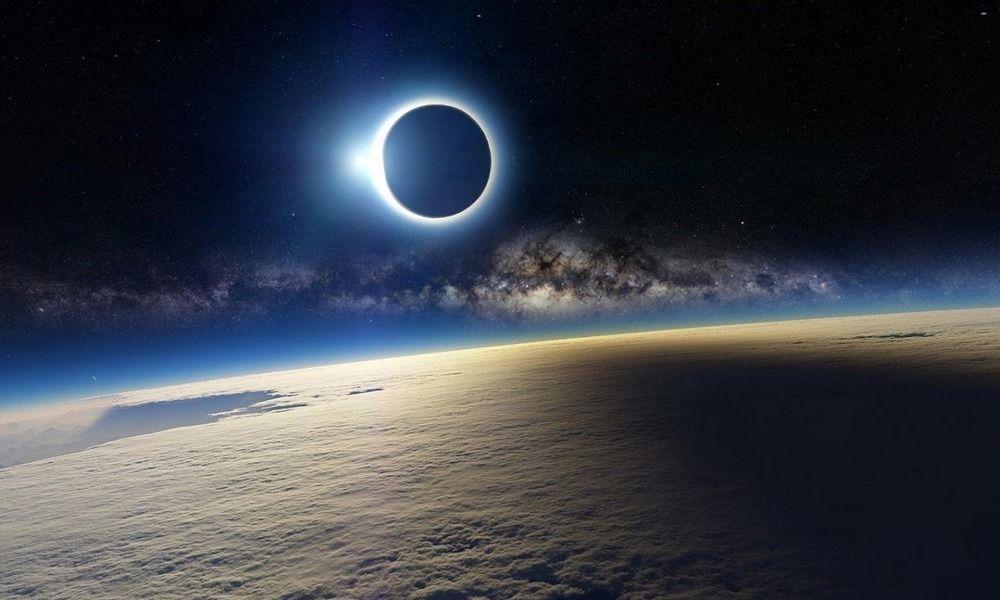 Dibalik Keindahan Super Blue Blood Moon yang Terjadi Ratusan Tahun Sekali