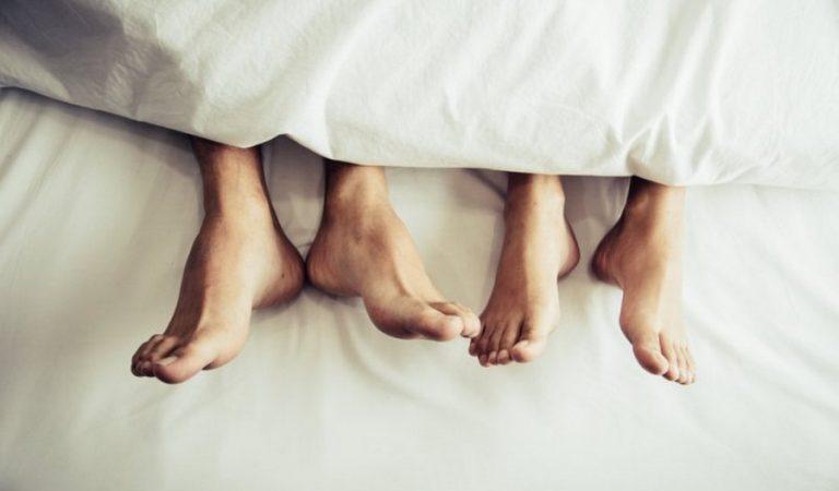 Hukum Berhubungan Suami Istri di Bulan Ramadhan